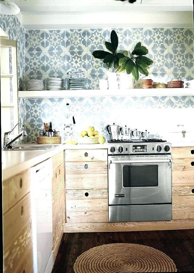 Luxury Modern Farmhouse Kitchen With Wallpaper Kitchen Wallpaper Ideas Country And Modern Kit Kitchen Redecorating Kitchen Design Decor Kitchen Furnishings