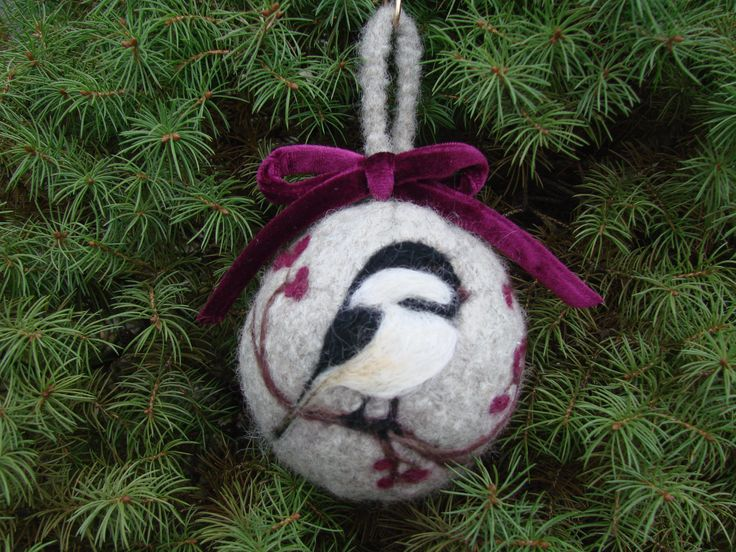 needle felted christmas images   Felted Christmas Ornament with Needle Punch Chicadee   Cckittenknits's ...