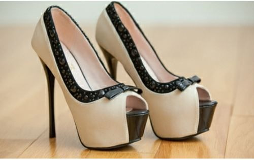 high-heels-13: To, Fashion Shoes, Black White, Black Heels, Girls Fashion, Business Suits, High Heels, Girls Shoes, Shoes Shoes
