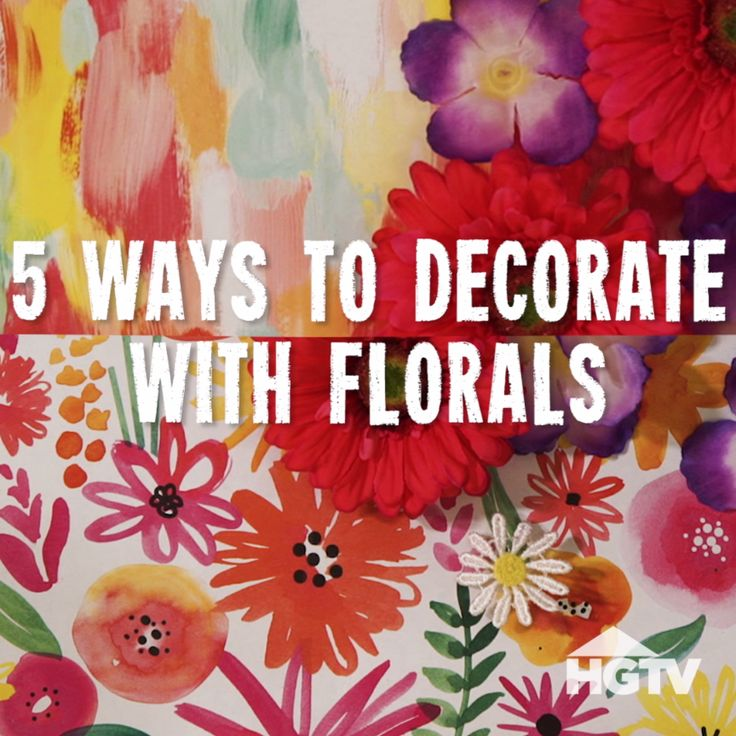 5 Ways to Decorate Your Workspace With Floral Prints