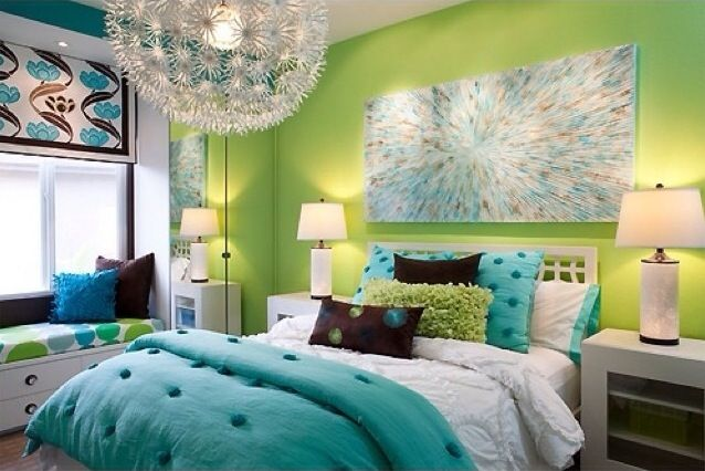 Lime green and turquoise bedroom. BM #733 and BM # 417 paint PBT comforter