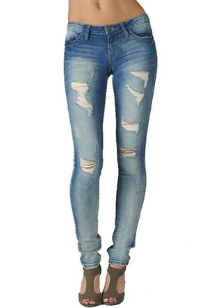 85 best images about Jeans on Pinterest | Hollister boots, Ripped ...