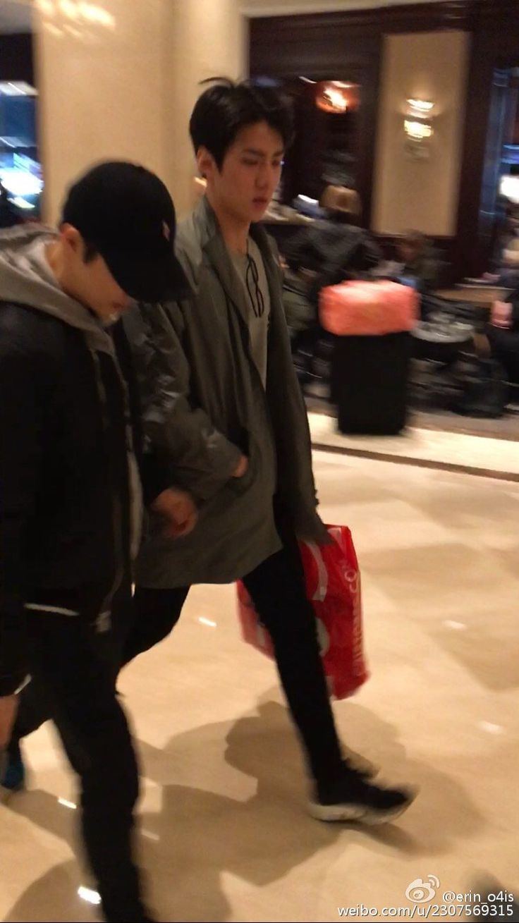 160222 Sehun & Suho #HunHo #SeJun Shopping ♡♡ [Cr.erin_o4is]