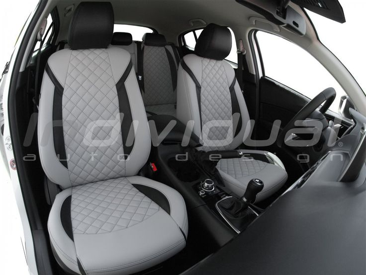 MAZDA 3 collection: EXCLUSIVE  material1: LEATHER LOOK sterling  material3: LEATHER LOOK black  material3: LEATHER LOOK sterling