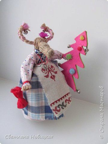 Игрушка Мастер-класс Новый год Моделирование конструирование Идет коза рогатая МК Нитки Ткань Шпагат фото 1