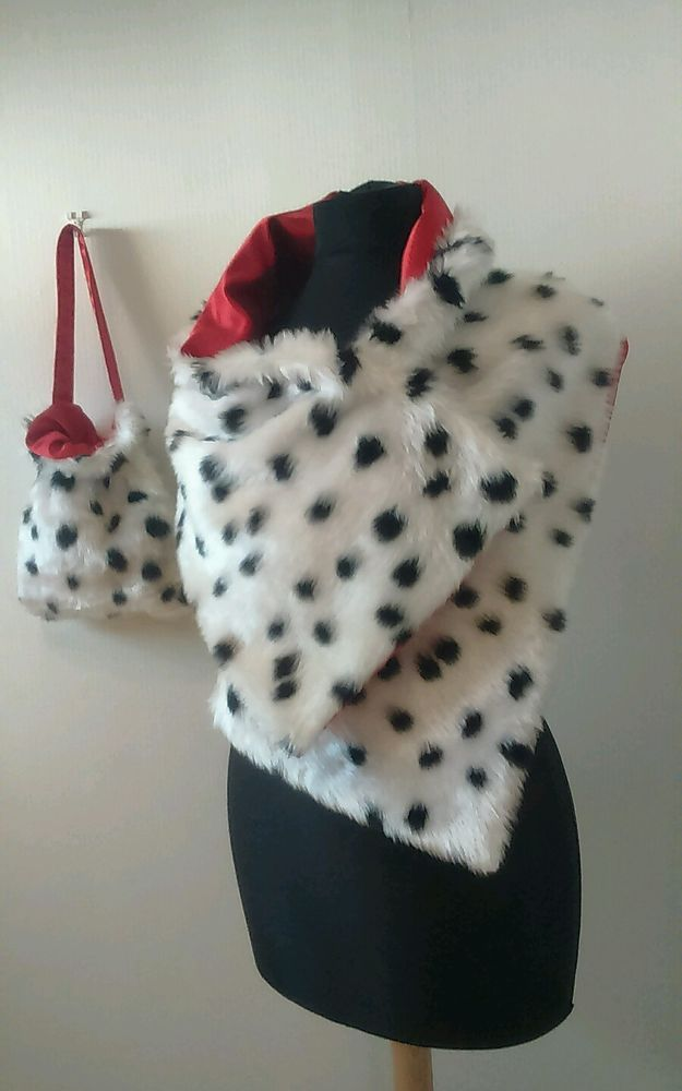 Cruella de ville shawl bag 101 dalmatian soft fur book day fancy dress red
