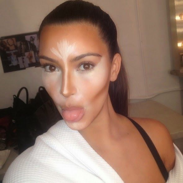 When i first saw this picture of Kim Kardashian i thought what on earth is going on she looks scary!! Contouring looks scary! But once you read a few how to's its actually really good! It really transforms the shape of your face!