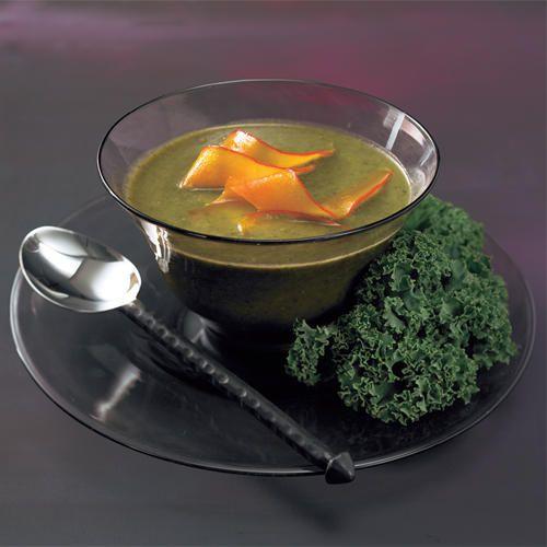 Grünkohlsuppe mit karamellisiertem Kürbis
