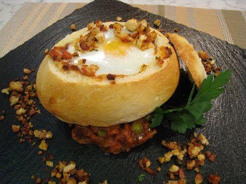 Cómetelo   Pan relleno de huevos a la flamenca - YouTube