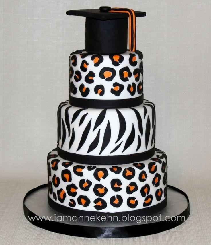 Leopard and zebra print graduation cake | Tortendeko ...