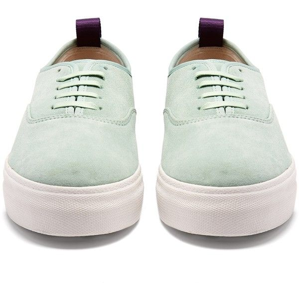 Eytys Mother low-top suede trainers (£165) ❤ liked on Polyvore featuring shoes, sneakers, low top, round toe sneakers, low profile sneakers, purple suede shoes and chunky sneakers