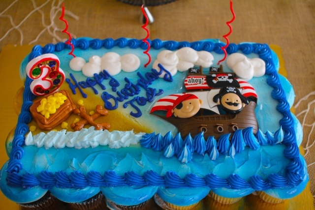 Publix Cupcake Cake Jax Pirate Party Pinterest Best