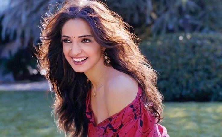 Sanaya Irani is beautiful