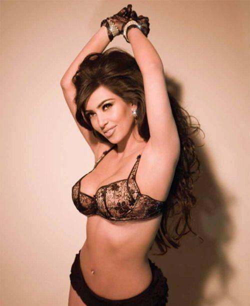38 of the Hottest Kim Kardashian Photos