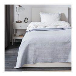 IKEA - FABRINA, Tagesdecke, , Stärkere Fäden, mit Baumwolle verwebt, geben der Decke eine lebendige Struktur.