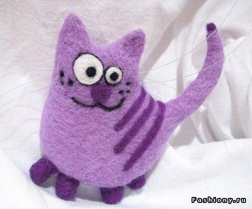Needle felted purple cat