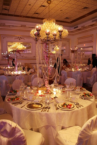 190 best images about table centrepieces on pinterest for Wedding reception centrepieces