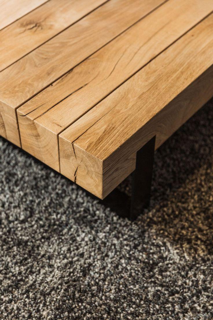 De Sanskriet Solid Table is tijdloze schoonheid in massief hout. Een prachtige salontafel, verkrijgbaar in verschillende afmetingen.