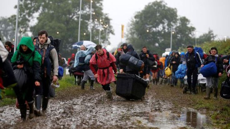 Thousands of people heading to the annual Glastonbury festival have been stuck in queues for up to 12 hours, as traffic chaos hit all major routes getting to and from the site.