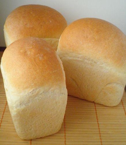 Я также,как и Люда mariana_aga, у которой я собственно и увидела впервые этот хлеб, пою ему дифирамбы! Невероятный хлебный дух,хрусткая корка и…