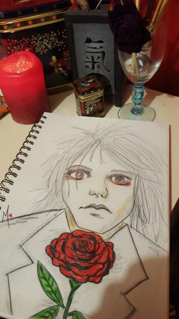 Gerard Way ♡ ---;--{@ . Will always adore this face xxx