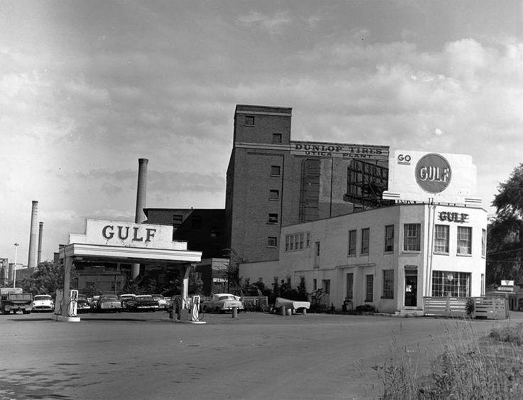 1950s Gulf station West Utica, NY | Stations | Pinterest ...