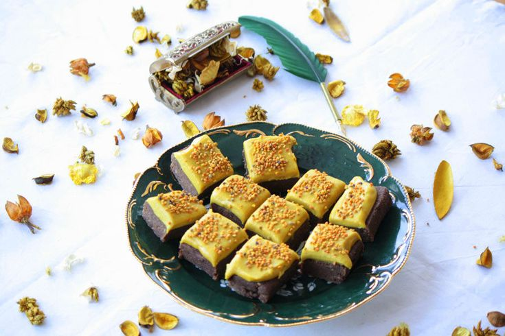 Jolie Raw Dessert Collection: Golden Brownie