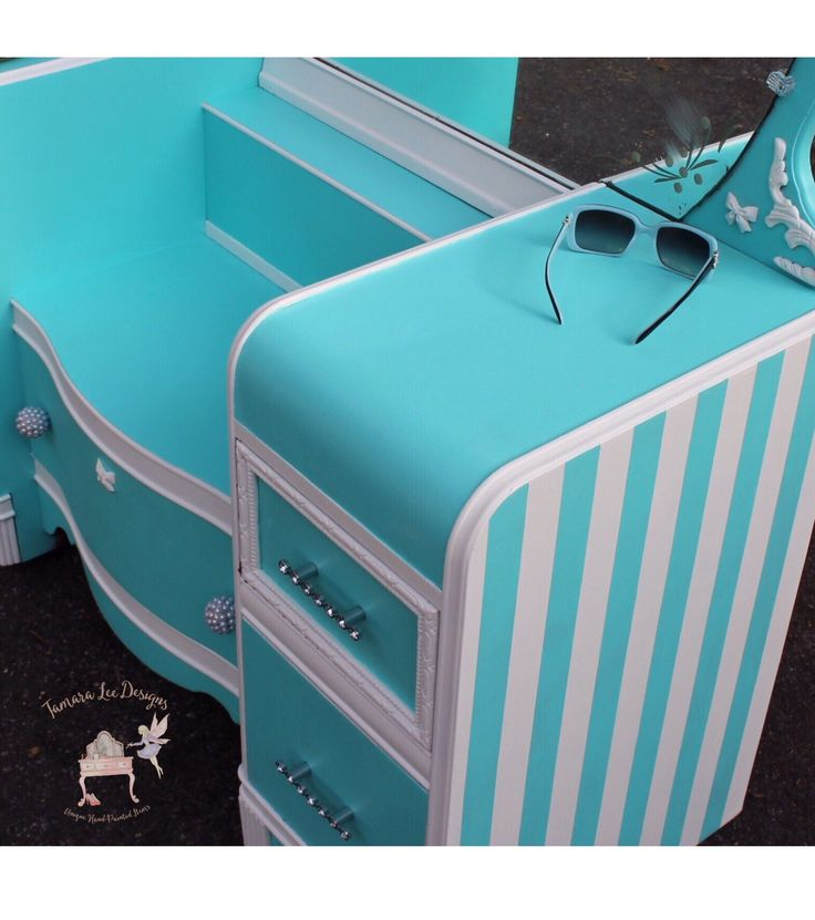 Tiffany blue antique vanity makeover by Tamara Lee Designs. Beautiful, but I would probably use a different color.
