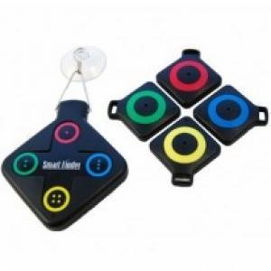 Le localisateur d'objets -- 26.95€ -- Nous passons énormement de temps à rechercher nos objets égarés, c'est un fait. Afin de faciliter la vie de vos parents, voici la solution avec le localisateur d'objets ! Le principe est simple : installez le localisateur sur le frigo, accrochez les récepteurs sur vos objets comme le trousseau de clés et en cas de perte, appuyez sur le bouton correspondant à la couleur de l'objet perdu et se laisser guider par le bruit retentissant.