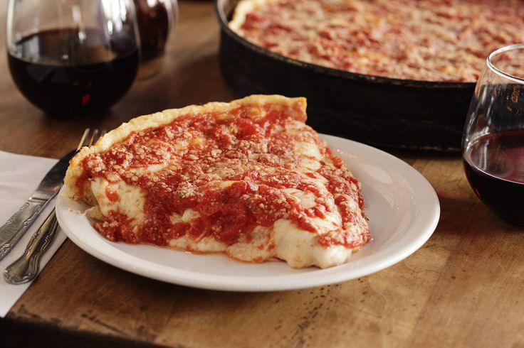 We already told you that one of Chicago's most famous pizzerias, Lou Malnati's, was planning to open a location in Phoenix, and now we know exactly where the chain's first out-of-state restaurant will be. Today the company announced the new pizzeria will be located at 100 E. Camelback Road., Suite...