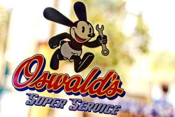 This is a nice use of blur in the background to make the message stand out. And making the words 3d makes it stand out so it does not look like it was just thrown onto the page. Oswald's Service Station by Jaalin32.deviantart.com: Originaldisney Datelin, Design Inspiration, Things Disneyland, Oswald Service, Service Stations, Disney Oswald, Disney Geek, Datelin Disneyland, Disney California