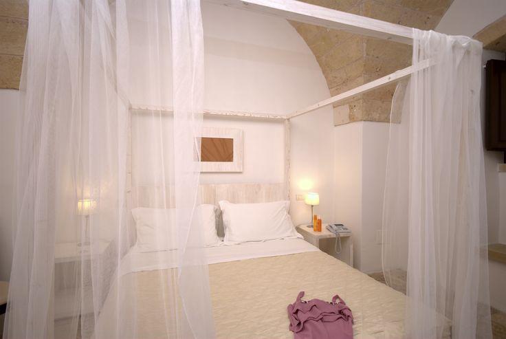 Letto a Baldacchino - Canopy Bed #travel #room #canopybed #bed #masseria #holiday #masseriacordadilana #resort #hotel #romantic