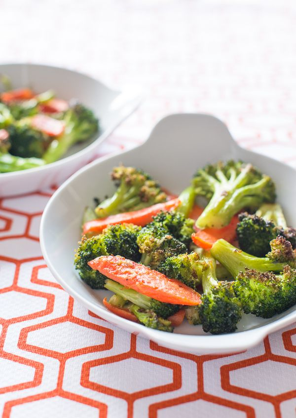 Garlicky Roasted Broccoli and Carrots @ Minimally Invasive