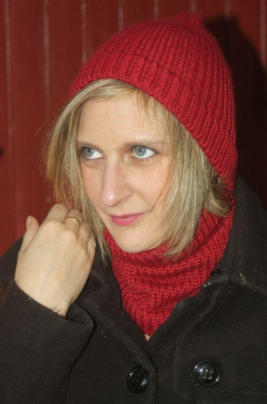 Ensemble tour de cou et bonnet rouge en laine : Echarpe, foulard, cravate par magalie-tissot-creations