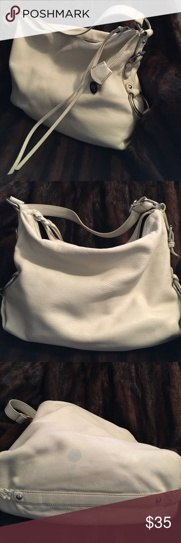 Banana Republic bag Soft white leather Banana Republic bag. In fair used condition. Does have some small scuffs in leather and a few light bluish marks on bottom of bag (as shown in pics) Banana Republic Bags Shoulder Bags