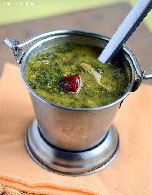 Chitra's Food Book: Palakura Pappu-Andhra Palak Dal Recipe