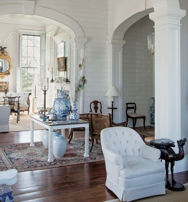 Furlow Gatewood designs | One Designer's Obsession With Blue-and-White Porcelain walls & doorways