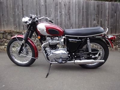 1970 Triumph Bonneville T120R motorcycle in Astral Red and Silver Paint with Gold Lining