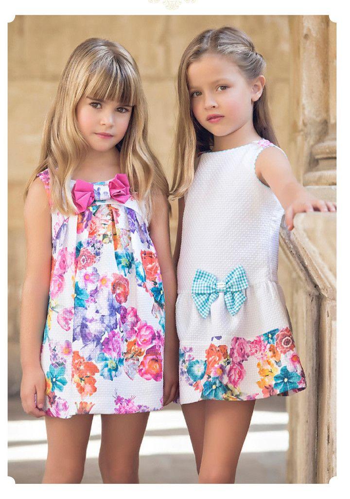 Vestido Evasé estampado de flores en piqué color turquesa con lazo superior Artesanía Amaya 76028
