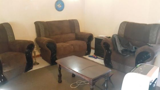 Spacious House With 2 Bedroom Flat In Florauna | Pretoria North | Houses for Sale | 63376920 | Junk Mail Classifieds