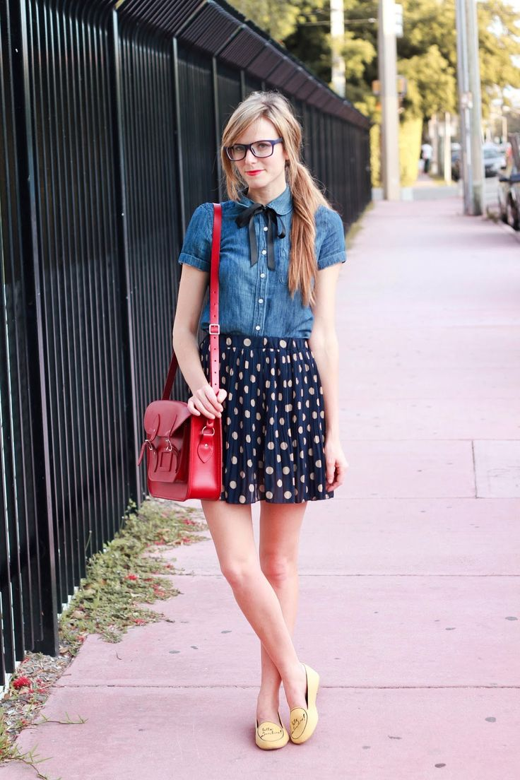 Chambray, polka dots, bow tie, Cambridge satchel. Love!