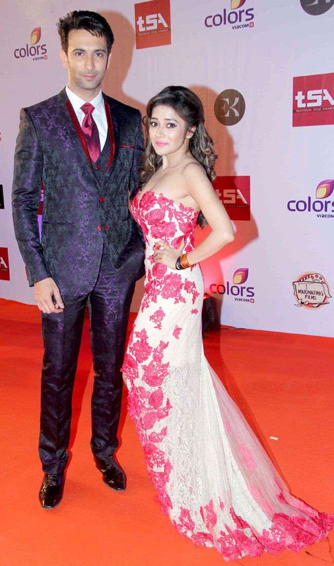 Nandish Sandhu with Tina Dutta at the Television Style Awards. #Bollywood #Fashion #Style #Beauty #Handsome