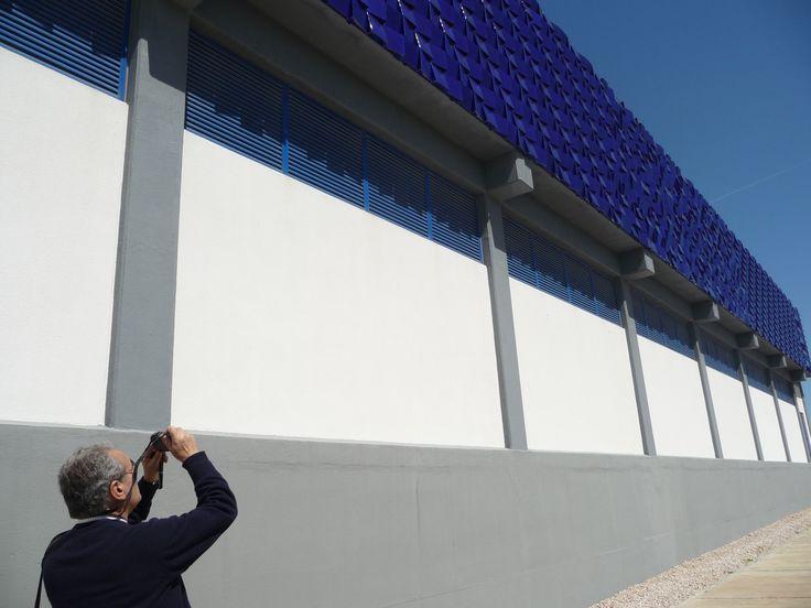 A EQUIPA DO Az / The Az Team [Ana Almeida] - Eduardo Nery a fotografar a Estação de Tratamento de Água | Asseiceira, Tomar [EPAL] | 2011 [photo: Ana Almeida] #Azulejo #EduardoNery