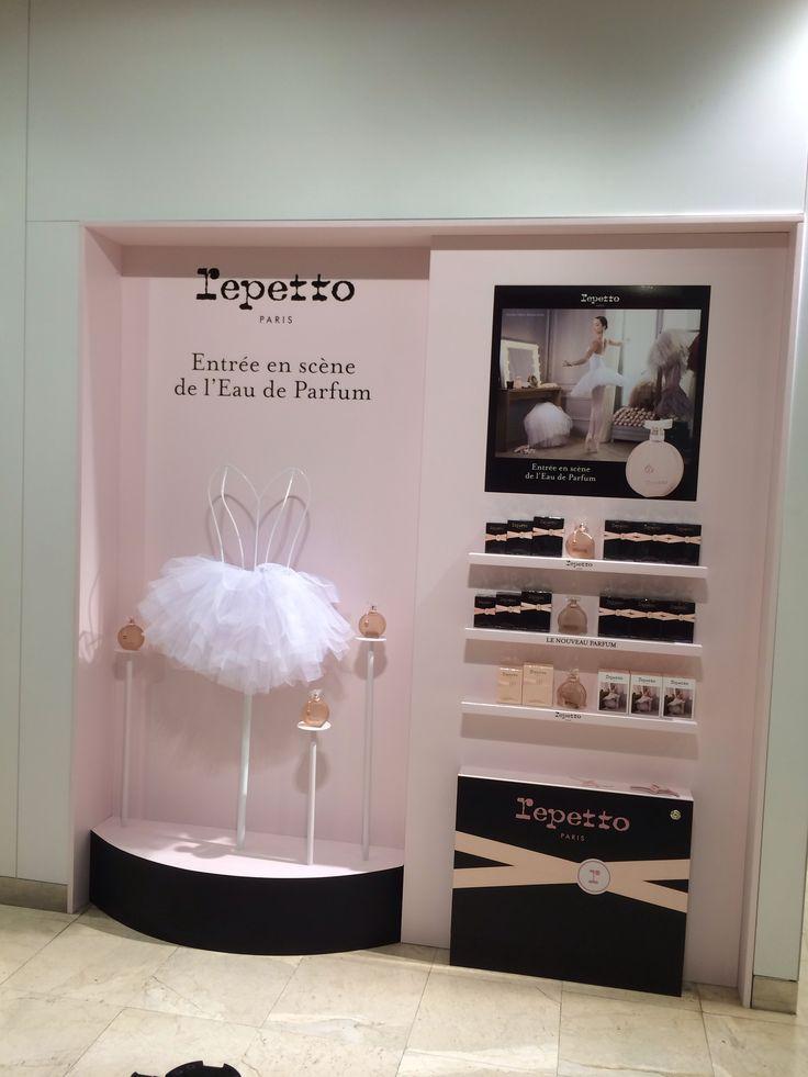 Repetto perfume display