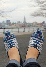 Star Wars R2-D2 TOMS