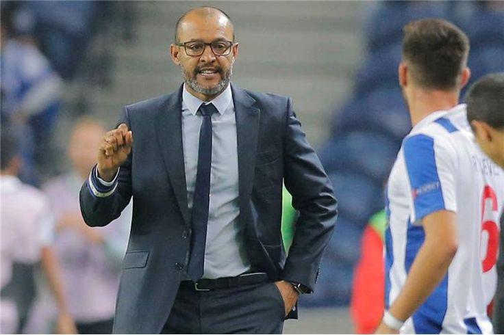 """Nuno Espírito Santo, treinador dos dragões, não pensa noutro resultado que não seja o triunfo no jogo deste domingo com o Benfica. """"Controlar a ansiedade"""" dos jogadores é a missão do técnico."""