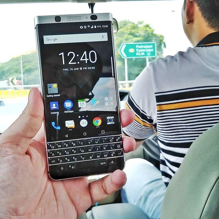 """#inst10 #ReGram @najibhhh: Blackbery KEYone!!!!!!! Terima kasih Classic atas segalanya. Jasamu tidak akan kulupa. Akan ku semadikan mu di sisi Bold 9900.  Dalam gerobok . #TeamBlackBerry #BlackBerry #KEYone #Android #Brightstar @blackberrymobile ...... #BlackBerryClubs #BlackBerryPhotos #BBer ....... #OldBlackBerry #NewBlackBerry ....... #BlackBerryMobile #BBMobile #BBMobileUS #BBMobileCA ....... #RIM #QWERTY #Keyboard .......  70% Off More BlackBerry: """" http://ift.tt/2otBzeO """"…"""