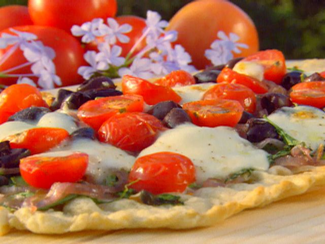 Grilled Veggie Pizza Recipe : Paula Deen : Food Network - FoodNetwork ...