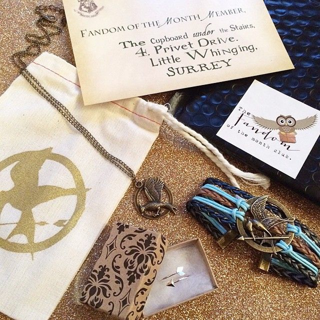Fandom of the Month subscription box - Get a box of fandom jewelry like Harry Potter or Hunger Games every month. Awesome!