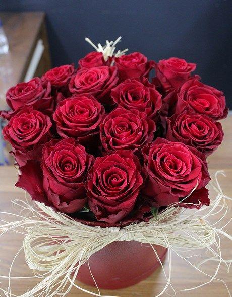 Kırmızı Gül Kutusu #themillionrosesturkey #cicek #gül #luxurylife #luxury #valentinesday #weddinganniversary #weddingday #hediye #hediyelik #istanbul #bakırköy #ataköy #bebek #ortaköy #marmaraforum #besiktas #flowers #flowermagic #floweroftheday #happybirthday #alısveris #suprise #love #official #millionroses #women #red
